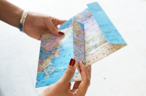 diy-envelopes-de-mapa-a-pair-and-a-spare