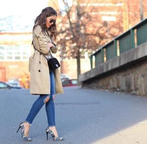 como-fazer-crop-jeans-com-barra-desfiada